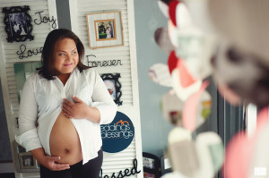 Maternity Photos by Photographer Lai de Guzman