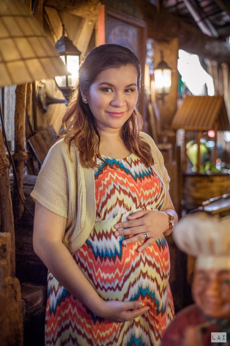 Maternity Portraits by Lai de Guzman